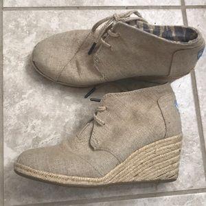 TOMS canvas heel wedges